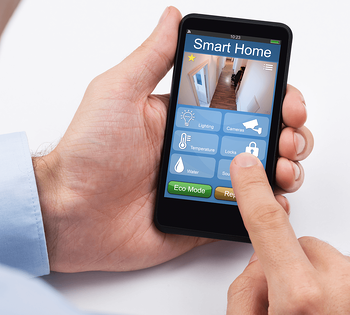 5 Features for a Smarter & Safer Home Smart Phone App Image