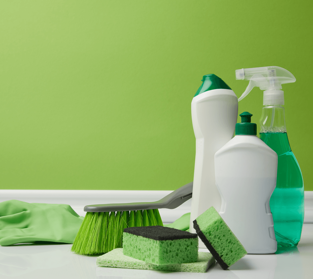 15 Minutes a Day = An Impeccably Clean Home Supplies Image