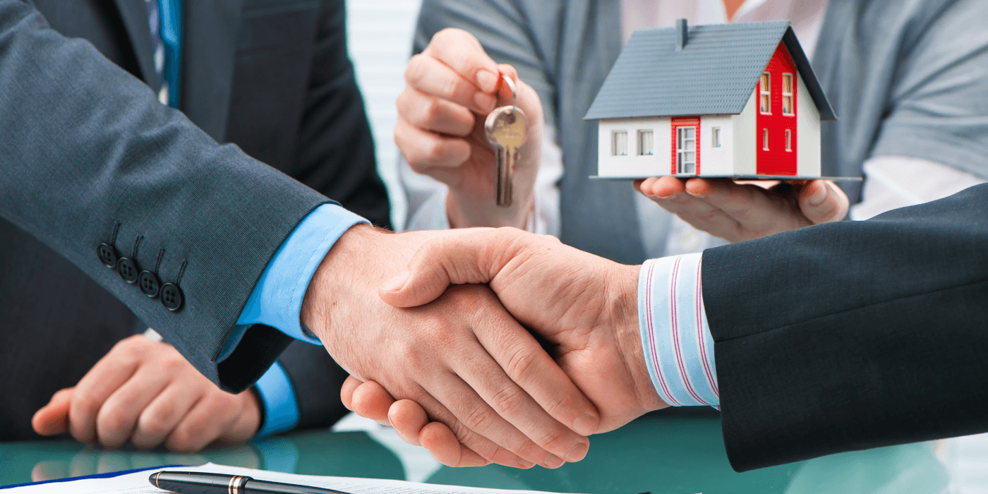 The Pros and Cons of Using a Mortgage Broker Featured Image